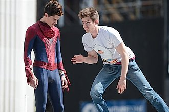 andrew garfield y su doble de acción