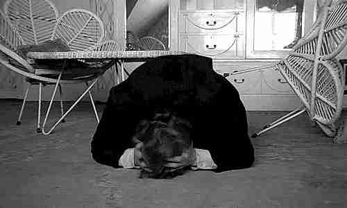 gif dolor de cabeza