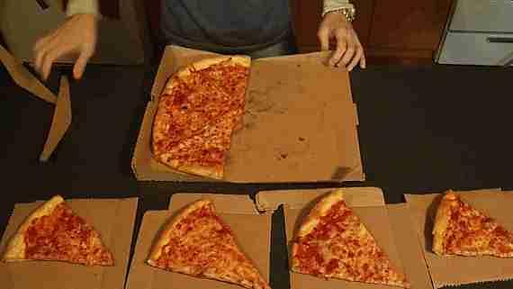 gif pizza para llevar