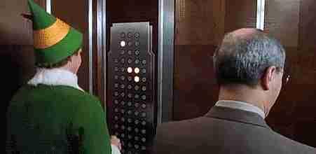 presionar todos los botones en elevador