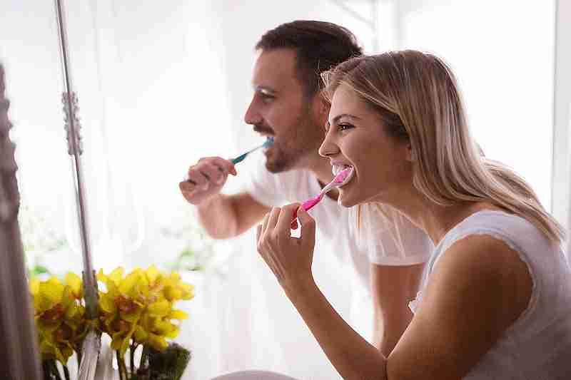 Cepíllate los dientes