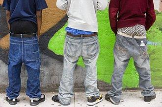 Pantalones bolsudos
