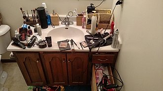 lavamanos desordenado