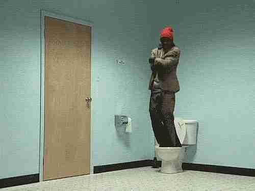 bajando el wc