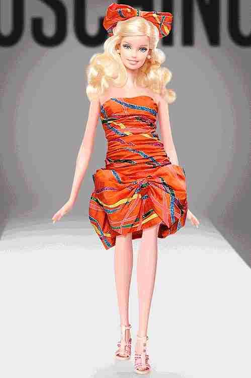 gif barbie pasarela