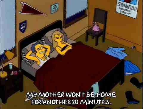 parejas en la cama gif