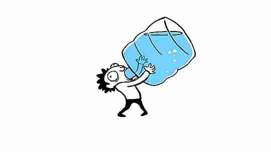 caricatura de hombre bebiendo de botellón