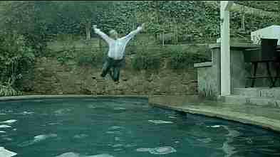 saltar al agua