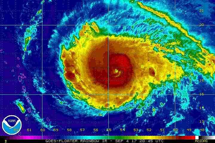 Bucle de infrarrojos del huracán Irma