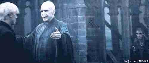 Voldemort abraza a Malfoy